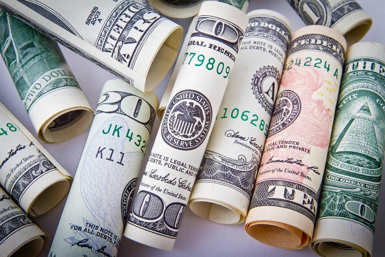 Oszczędzanie pieniędzy w praktyce